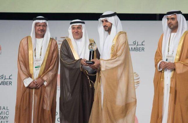 لاسهاماته الخيرية.. منح سليمان الراجحي جائزة الإنجاز مدى الحياة في دبي