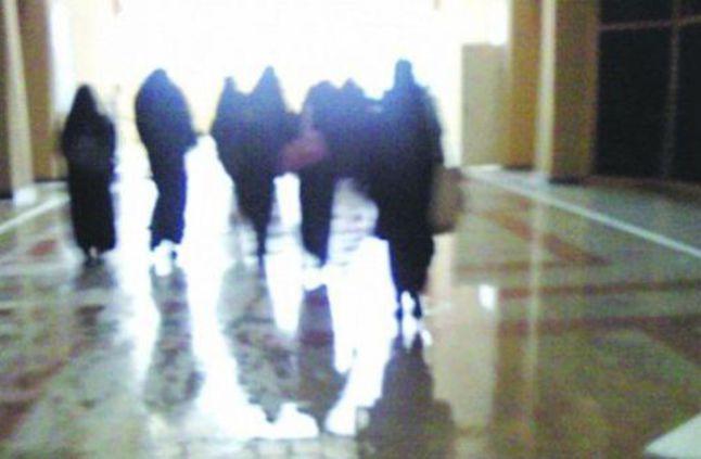 #الجامعات تلزم الطالبات بتصريح خروج قبل الساعة 12