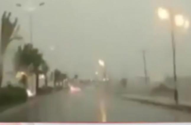 بالفيديو.. الأمطار تكشف هشاشة بعض مشاريع أمانة جازانبالفيديو.. الأمطار تكشف هشاشة بعض مشاريع أمانة جازان