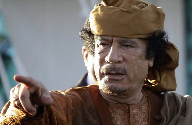 بعد اختفاء 5 مليارات يورو من أرصدته المجمدة.. من استولى على أموال القذافي؟