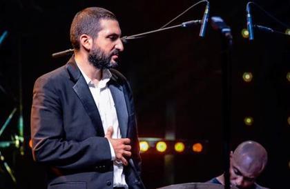 الادعاء الفرنسي يطلب السجن 6 أشهر للعازف إبراهيم معلوف لتحرّشه بقاصر