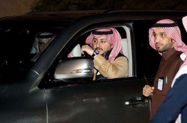 نائب أمير الجوف يتفقد أحياء سكاكا ويتابع الحالية المطرية بمحافظات المنطقة