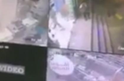 تفاصيل مقتل «صيدلي» في جازان.. وهكذا توصلت الشرطة للجاني (فيديو)تفاصيل مقتل «صيدلي» في جازان.. وهكذا توصلت الشرطة للجاني (فيديو)