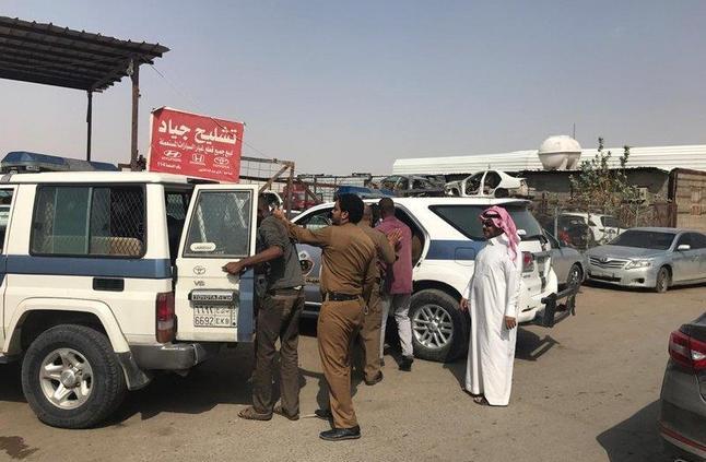 """""""عمل الرياض"""" يُحرر 111 مخالفة وينذر 191 منشأة"""