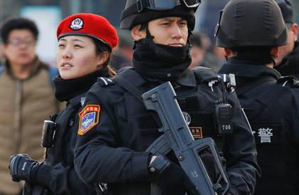 الصين تعتقل دبلوماسياً كندياً سابقاً