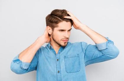 كيف تعالج قشرة الشعر بطرق طبيعية؟