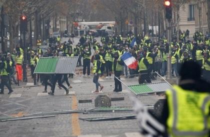 السفارة لدى #فرنسا للمواطنين: تجنبوا المظاهرات