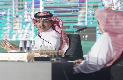 وزير المالية يوضح حقيقة تعديل رسوم المقابل المالي على الوافدين - صحيفة صدى الالكترونية