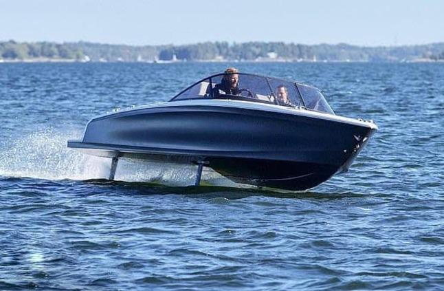 شاهد: طرح أول قارب سريع يعمل بالكهرباء في العالم بتقنية سويدية متميزة