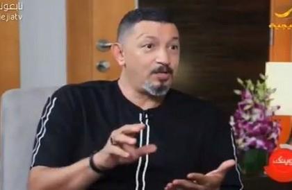 """عدنان عبدالشكور: تعرضت للتهميش في النصر ووعدوني بـ""""مرسيدس"""" ثم أعطوني """"كورولا"""" (فيديو)"""