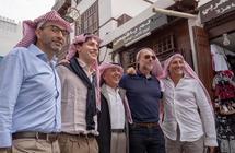 بالصور.. الإعلاميون الإيطاليون يتجولون في جدة ويزورون أهم معالمها