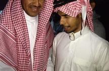 """""""كفيف"""" يلاحق خالد عبدالرحمن منذ 20 عاماً.. من هو؟"""
