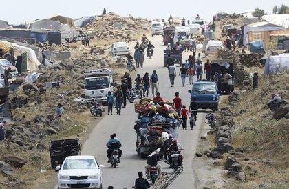 نزح أكثر من ألفي شخص عن معقل تنظيم داعش شرقي دير الزور » صحيفة صراحة الالكترونية