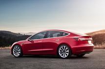 شركة Tesla تعرض على القراصنة إختراق سيارة Tesla Model 3 - إلكتروني