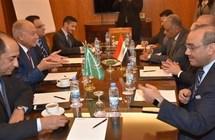 أبوالغيط يبحث مع وزير خارجية العراق مواجهة قوى الإرهاب
