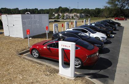 Tesla تقرر تقليص الزيادة الأخيرة في أسعار محطات الشحن Tesla Supercharge بنسبة 10% - إلكتروني