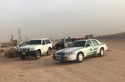 أمانة الرياض تنفذ حملة على باعة الحطب المخالفين بحي الرمال » صحيفة صراحة الالكترونية