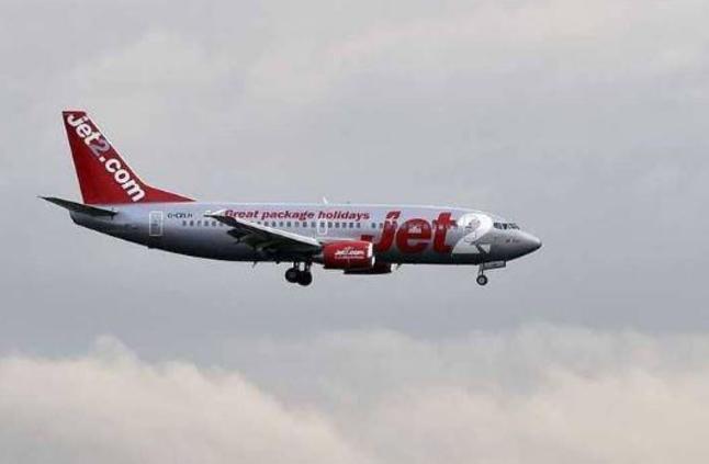 طائرة ركاب تهبط اضطراريا.. والسبب القهوة والشاي
