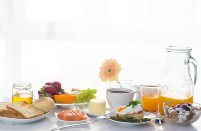 5 أفكار لإفطار صحيّ متكامل العناصر