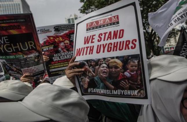 مسلمو الصين يطلقون حملة تطالب بالكشف عن مصير أقربائهم