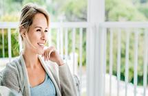 كل ما تحتاجه المرأة للحفاظ على صحتها وجمالها بعد سن الأربعين