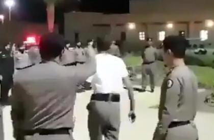 """""""السجون"""": واقعة تصوير تجريد عسكري من رتبته وطرده تصرف فردي وسيحاسب مرتكبها"""
