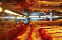 الذهب يرتفع وسط مباحثات تجارية متفائلة