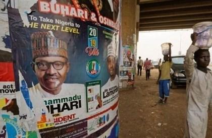 انتخابات رئاسية في نيجيريا غداً.. وسط توتر وتنافس شديد
