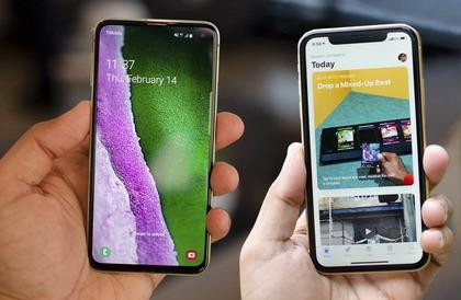 الهاتفان الرخيصان Galaxy S10E و iPhone XR.. أيهما أفضل؟