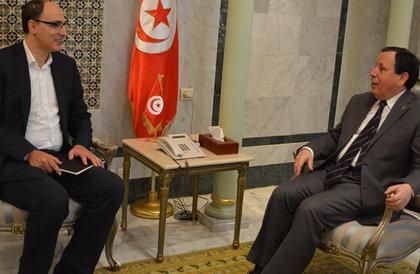 """""""فيسبوك"""" تبحث رعاية الملتقيات الدولية مع الخارجية التونسية"""