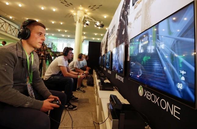 مايكروسوفت تتيح الآن للاعبين ببث ألعاب الحاسوب على Xbox One - إلكتروني
