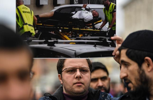 بعد هجوم نيوزلندا.. السعودية تسمي 12 دولة تقلق من خطابات عنصرية فيها