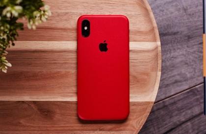 iPhone ينجح في إنقاذ حياة مستخدم آخر من خلال إعتراض سهم موجه نحوه - إلكتروني