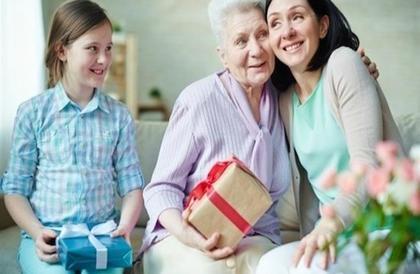 5 نشاطات ينصح القيام بها برفقة والدتك في عيدها