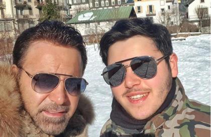 """بالفيديو- """"ابن الوز عوام"""" عاصي الحلاني يشيد بصوت ابنه الوليدمحمد عاشور"""