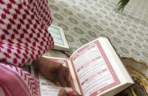 المعلم فهد الخشيم يروي تفاصيل كتابة المصحف الشريف بخط يده.. ويكشف عن المدة التي استغرقها