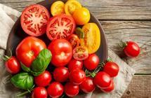 منها الطماطم.. 7 مأكولات في منزلك تحتوي على سموم قاتلة (صور)