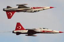 حقيقة تحرش طائرات حربية تركية بمروحية كان يستقلها رئيس الوزراء اليوناني