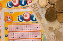روماني اختراق نظام اليانصيب وفاز بها 14 مرة