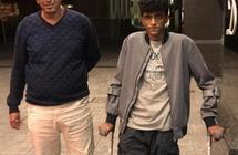 """والد """"الأنصاري"""" يصل نيوزيلندا لرعاية ابنه ويكشف موعد عودتهما إلى المملكة"""