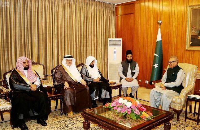 الرئيس الباكستاني يستقبل إمام المسجد الحرام » صحيفة صراحة الالكترونية