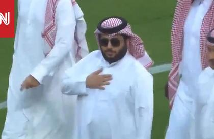 تركي آل الشيخ يُعقّب على عثرة لسان في حديثه عن السعودية والإمارات