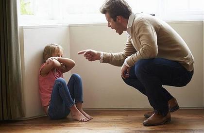 دراسة .. سوء معاملة الطفل تؤدي لخلل في المخ