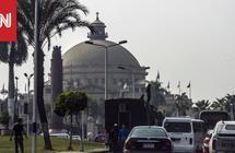 """فيديو """"مفاجآت"""" رئيس جامعة القاهرة يثير ضجة.. والبرادعي: مشهد مخز"""