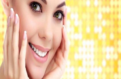 نصائح بسيطة للتمتع ببشرة صحية ومشرقة