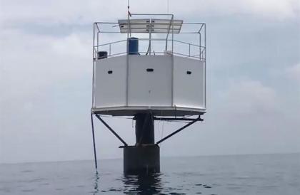 بسبب منزل في وسط البحار..تاجر أمريكي وصديقته قد يواجهان عقوبة الإعدام في تايلاند