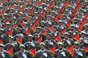 أول تصريح لقائد الحرس الثوري الإيراني... وعد وتهديد