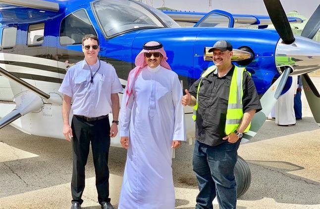 شاهد: وصول طائرة الأمير سلطان بن سلمان الخاصة من أمريكا بعد 47 ساعة طيران