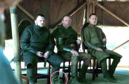 صورة- ظهور زجاجة مياه معدنية بالخطأ في إحدى لقطات الحلقة الأخيرة من Game of Thrones مروة لبيب
