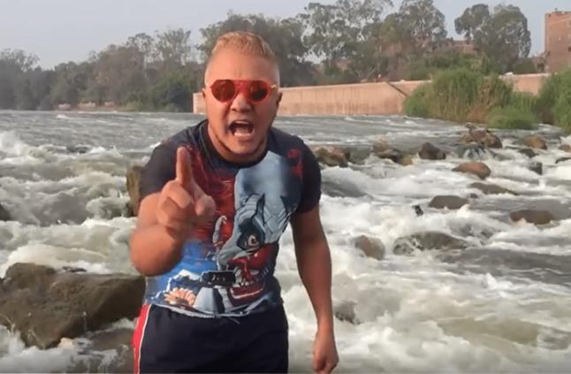 بالفيديو: شباب يقلدون رامز جلال بطريقة ساخرة.. كيف كان رد فعله؟